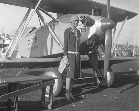 Amelia Earhart_13